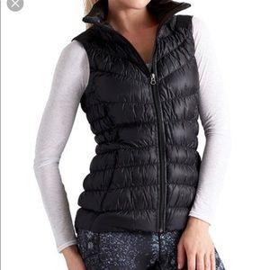 Athleta Downalicious Vest Large